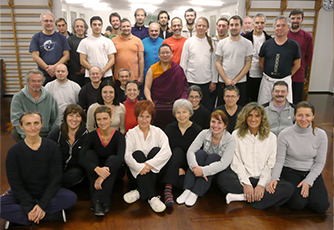 Lama Dondrup Dorje with Italian students